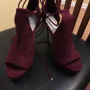 Beautiful aldo heels size 9